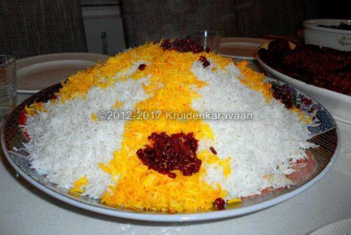 saffraandraadjes-rijst-geel-kleuren